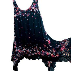 FREE PEOPLE Top black with floral trim SIZE M